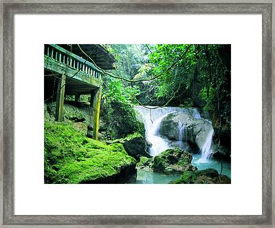 Sommerset Falls  Framed Print by Carey Chen