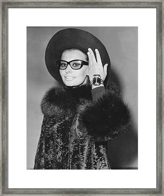 Sophia Loren Arriving In London Framed Print by Everett