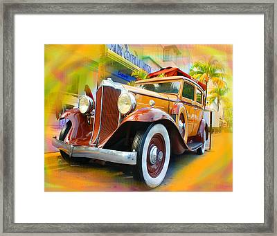South Beach Classic Framed Print by Doug Walker
