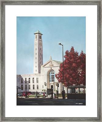 Southampton Civic Center Public Building Framed Print by Martin Davey