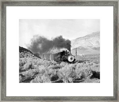 Southern Pacific Locomotive Framed Print by Underwood Archives