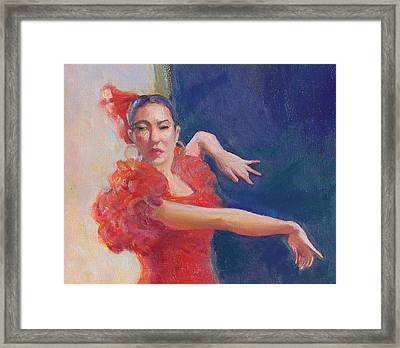 Spanish Eyes Framed Print by Gwen Carroll