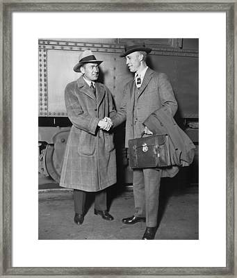 Sportsmen In Chicago Station Framed Print by Underwood Archives