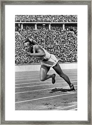 Sprinter Jesse Owens Framed Print by Underwood Archives