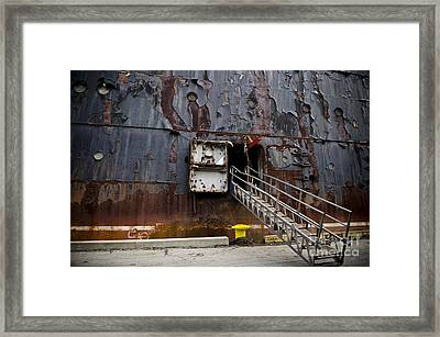 Ss United States - All Aboard Framed Print
