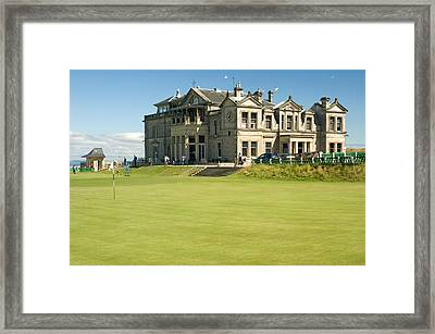 St Andrews Final Green And Clubhouse  Framed Print by Jeremy Voisey