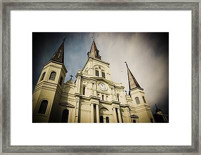 St Louis' Cathedral In New Orleans Framed Print by Ray Devlin