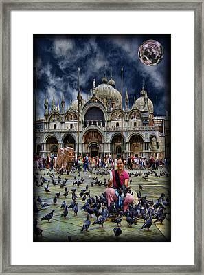 St Mark's Basilica - Feeding The Pigeons Framed Print by Lee Dos Santos