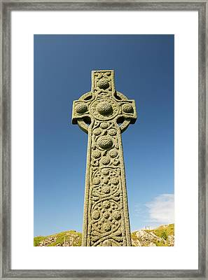 St Oran's Cross In Iona Abbey Framed Print by Ashley Cooper