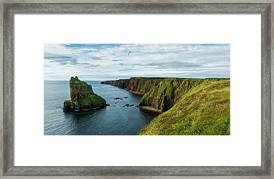 Stacks Of Duncansby And The Rugged Framed Print