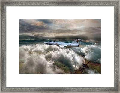 Star Fighting Framed Print by Jason Green