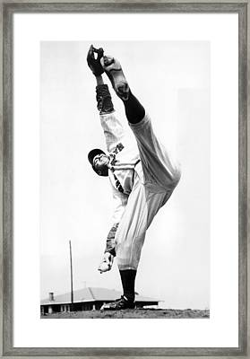 Star Pitcher Van Lingo Mungo Framed Print by Underwood Archives