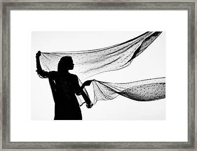 Star Shawls In The Wind Framed Print