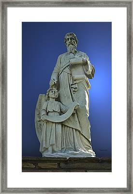 Statue 05 Framed Print by Thomas Woolworth