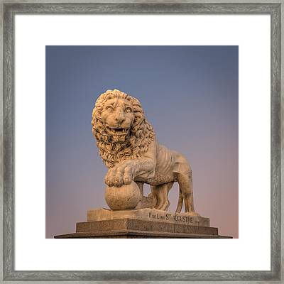 Statue At The Bridge Of Lions Framed Print by Rob Sellers