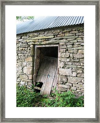 Stone Cottage Framed Print by Kandy Hurley