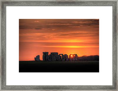 Stonehenge Sunset Framed Print by Simon West