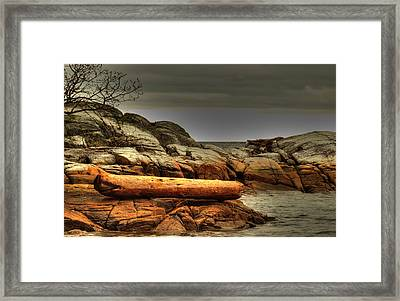 Storm Brewing Framed Print by Randy Hall