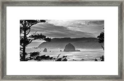 Storm Rolling In Framed Print by Andrew Soundarajan