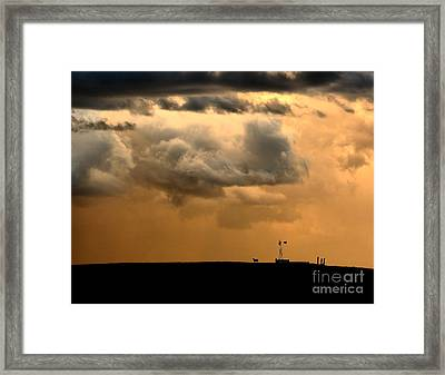 Storm's A Brewing Framed Print by Steven Reed
