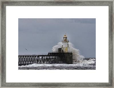 Framed Print featuring the photograph Stormy Sea At Blyth by Les Bell