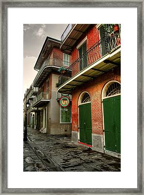 Street Lamp At Pirate's Alley Cafe Framed Print