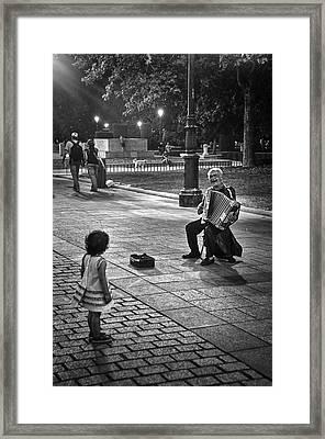 Street Performance Framed Print by Tom Bell