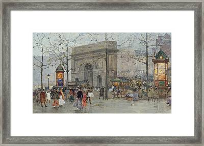 Street Scene In Paris Framed Print
