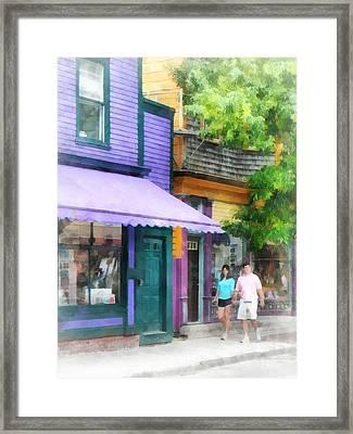 Strolling Down Thames Street Newport Ri Framed Print by Susan Savad