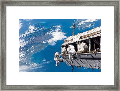Sts-116 Shuttle Mission Imagery Framed Print by Paul Fearn
