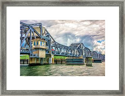 Sturgeon Bay Historic Michigan Street Bridge In Door County Framed Print