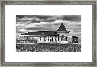 Framed Print featuring the photograph Sturtevant Old Hiawatha Depot by Ricky L Jones
