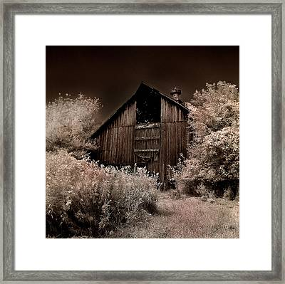 Sugar Bottom Barn #1 Framed Print