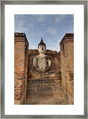 Sukhothai Historical Park - Sukhothai Thailand - 011317 Framed Print by DC Photographer