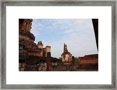 Sukhothai Historical Park - Sukhothai Thailand - 011327 Framed Print by DC Photographer