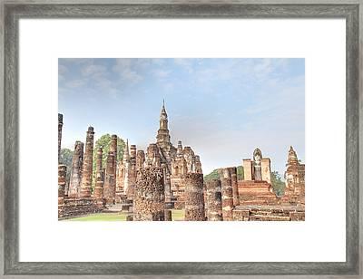 Sukhothai Historical Park - Sukhothai Thailand - 011330 Framed Print