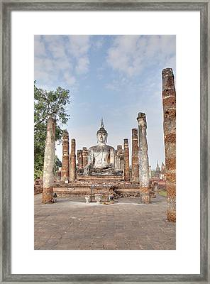 Sukhothai Historical Park - Sukhothai Thailand - 011331 Framed Print by DC Photographer