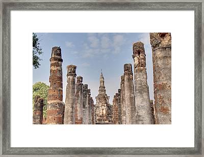 Sukhothai Historical Park - Sukhothai Thailand - 011336 Framed Print by DC Photographer