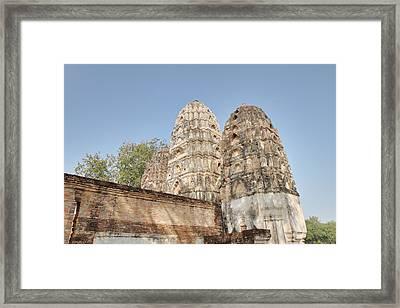 Sukhothai Historical Park - Sukhothai Thailand - 011355 Framed Print by DC Photographer