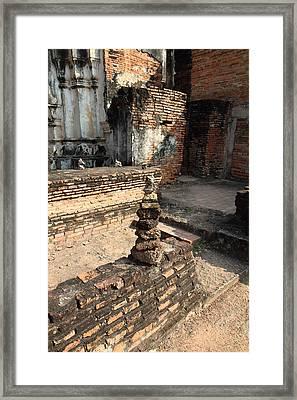 Sukhothai Historical Park - Sukhothai Thailand - 011358 Framed Print