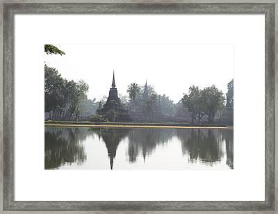 Sukhothai Historical Park - Sukhothai Thailand - 011366 Framed Print