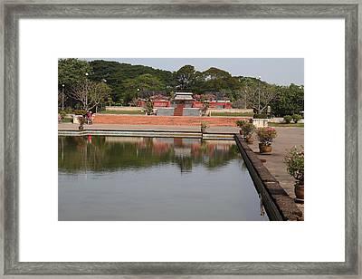 Sukhothai Historical Park - Sukhothai Thailand - 011371 Framed Print by DC Photographer