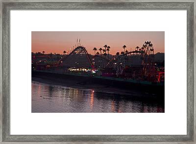 Summer Fun 9195 Framed Print by Tom Kelly
