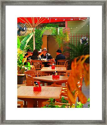 Summer People Framed Print by Laura Fasulo
