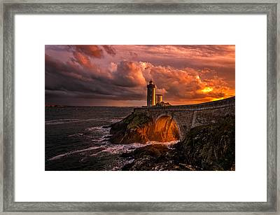 Sun Is Down Framed Print by Denis