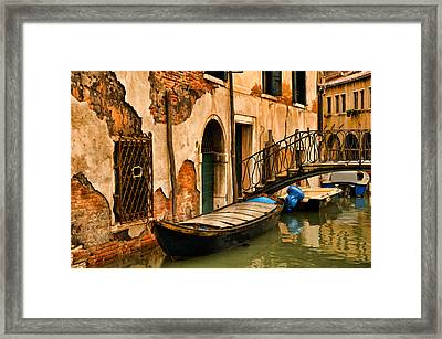 Sunday In Venice Framed Print