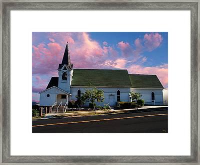 Sunday Morning Framed Print by Glenn McCarthy Art and Photography
