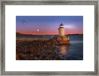 Sunrise At Bug Light Framed Print by Susan Candelario