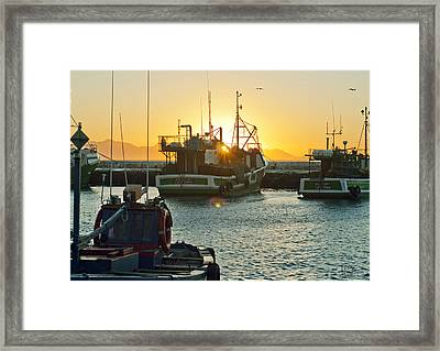 Sunrise At Kak Bay Framed Print by Tom Hudson