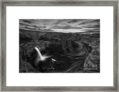 Sunrise At Palouse Falls Framed Print